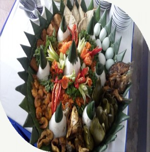 Pesan Nasi Tumpeng di Bekasi | t nujuh bulan