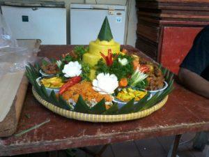 Tempat jual nasi tumpeng komplit 085692092435