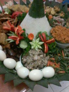 Pesan Nasi Tumpeng Cempaka Putih Jakarta Pusat