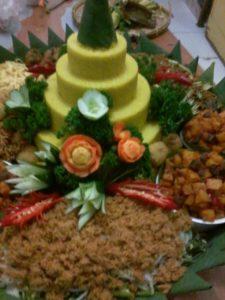 Pesan Nasi Tumpeng Kuning Di Matraman