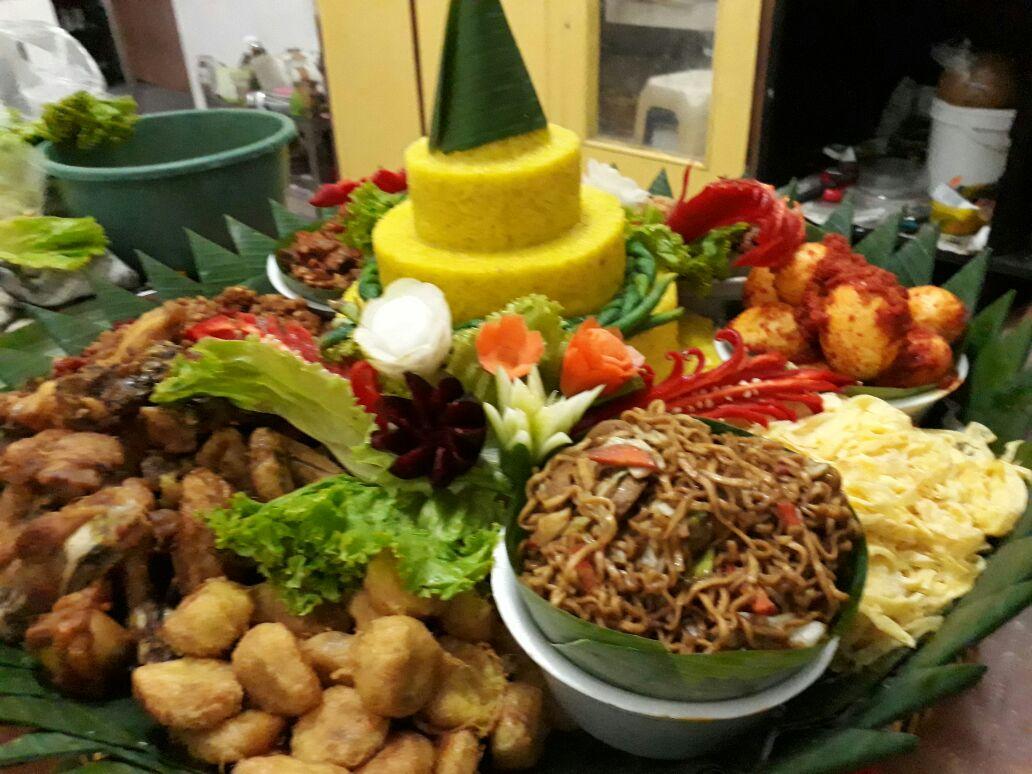Pesan Nasi Tumpeng Cipayung Jakarta Timur