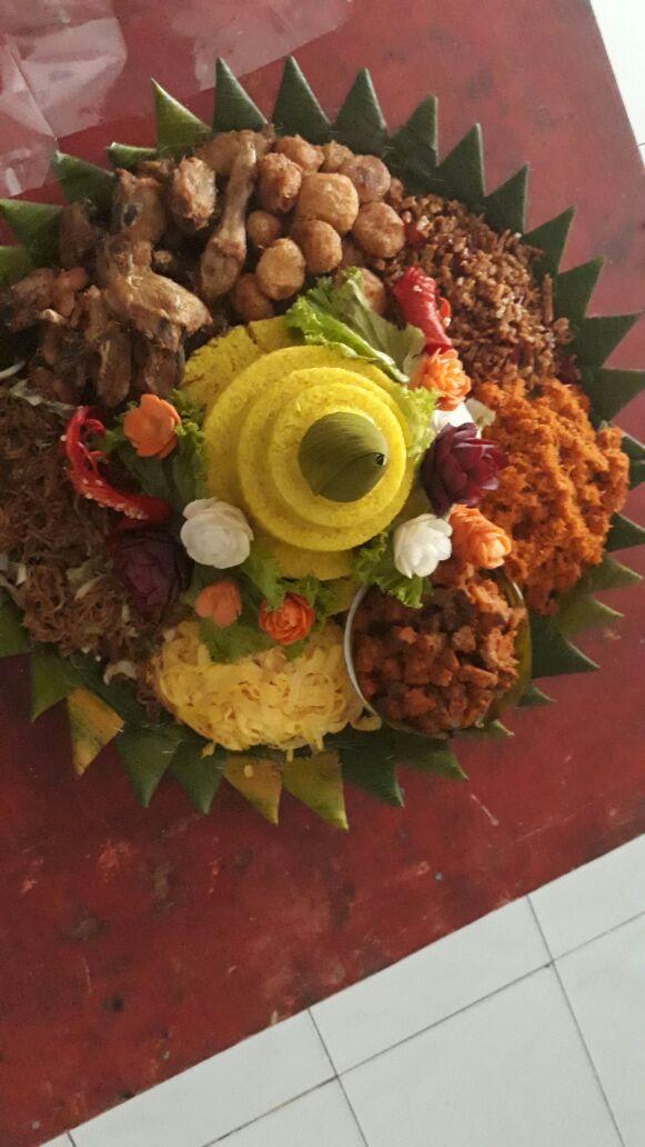 Pesan Nasi Tumpeng Di Slipi Jakarta Barat