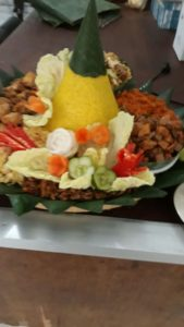 Pesan Nasi Tumpeng Pasar Rebo Jakarta Timur