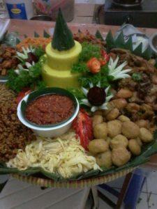 Pesan Nasi Tumpeng Pulo Gadung Jakarta Timur