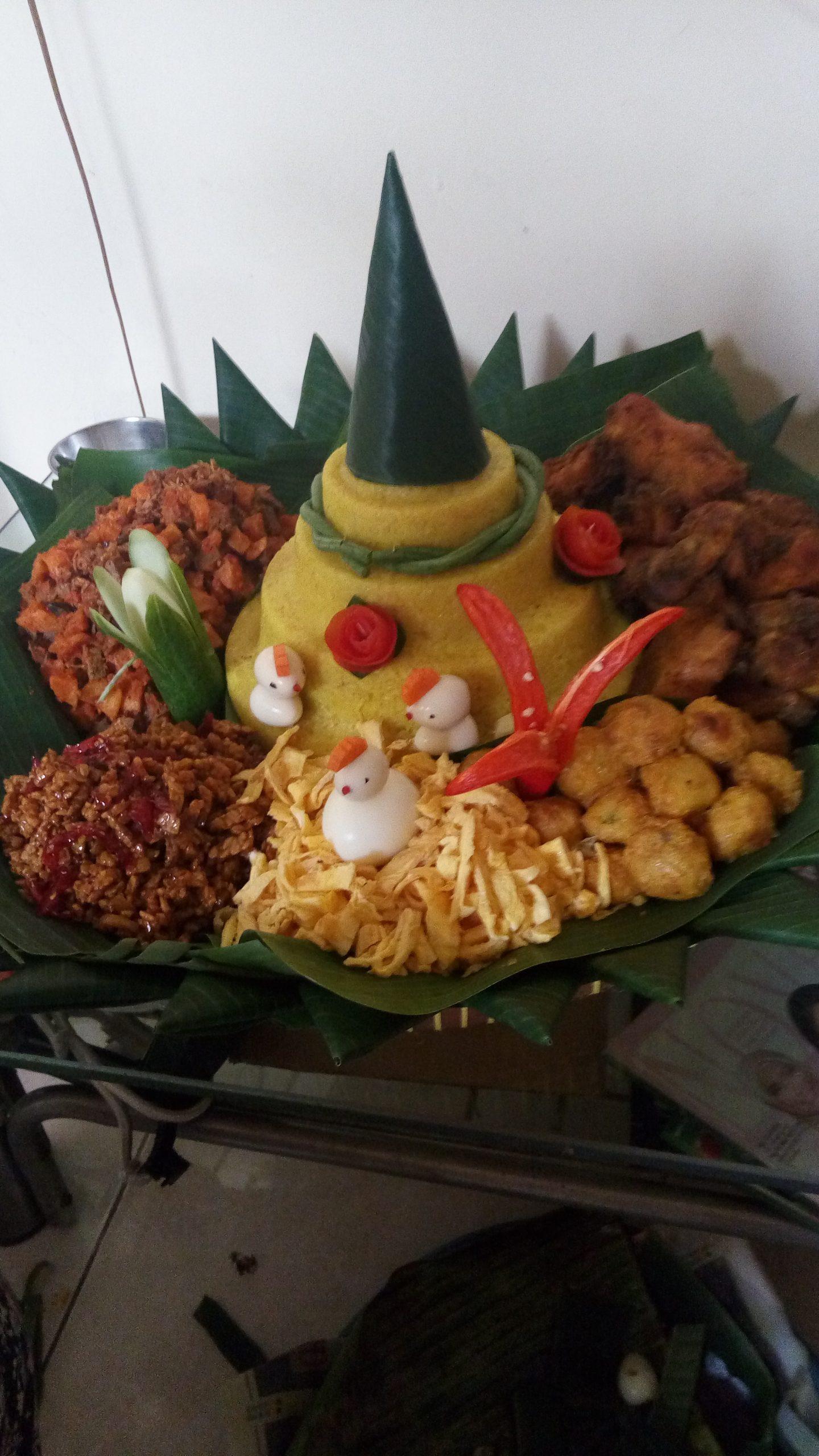 Pesan Nasi Tumpeng Di Cililitan Jakarta Timur