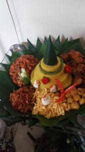 Pesan Nasi Tumpeng Di Halim Jakarta Timur