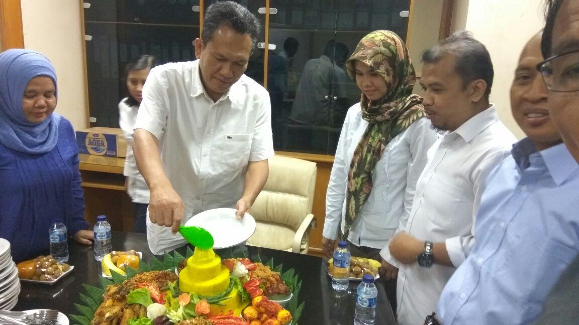 Pesan Nasi Tumpeng Di Sudirman Jakarta Pusat