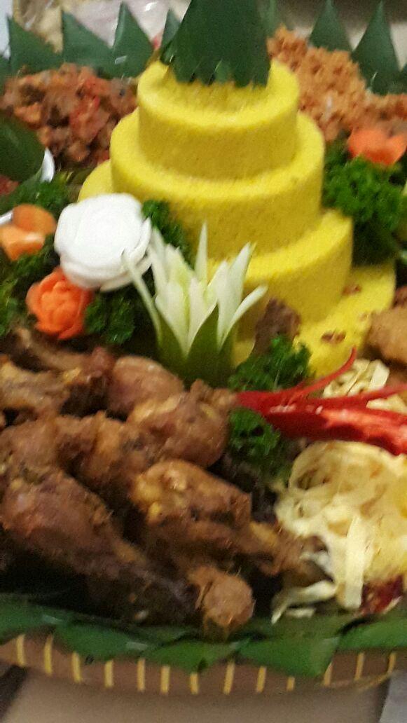 Pesan Nasi Tumpeng Kuningan Jakarta Selatan