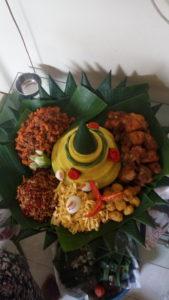 Pesan Nasi Tumpeng Di Medan Satria Bekasi