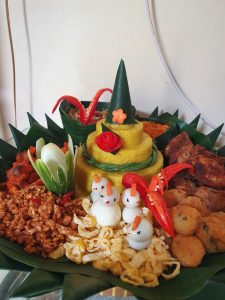 Catering Nasi Tumpeng di Bekasi