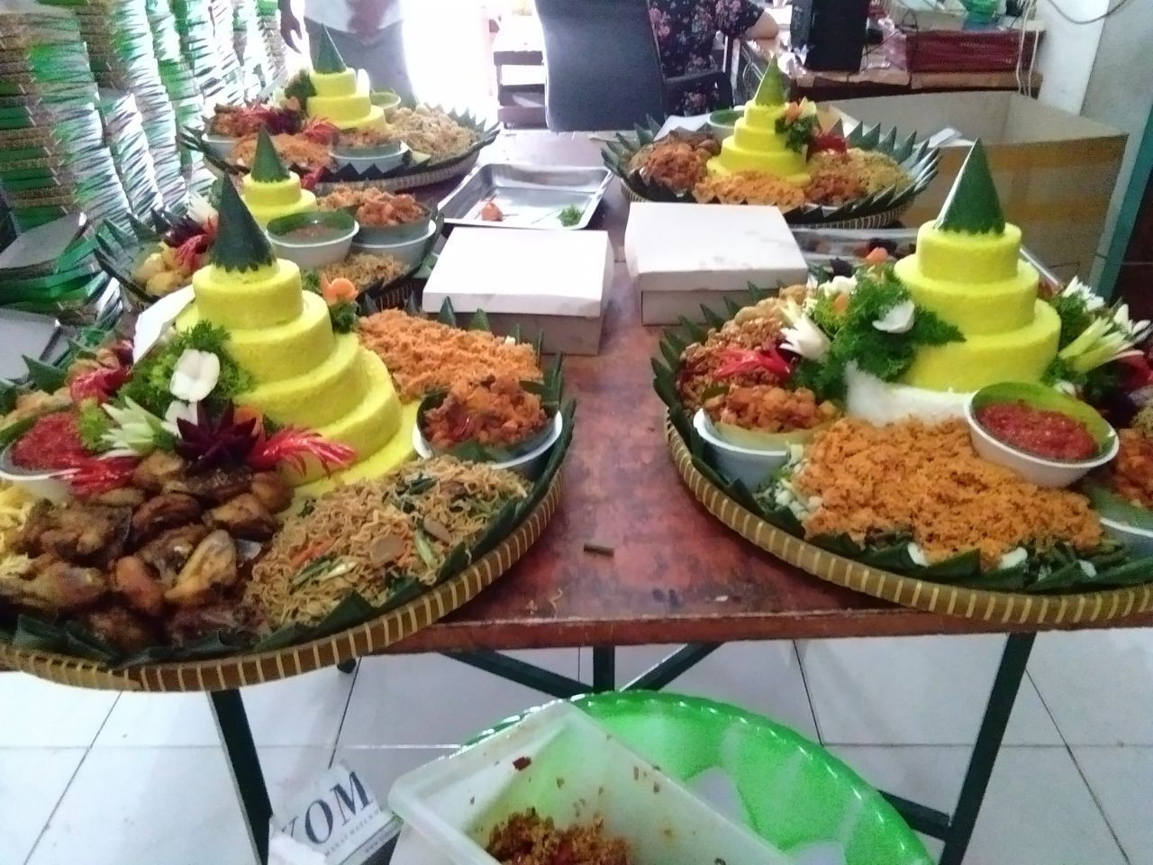 Pesan Nasi Tumpeng di Jakarta Pusat  |  Yang Khas Dengan Rasa Rempah Tradisional