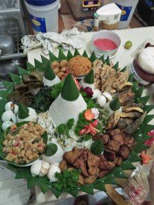 Pesan Nasi Tumpeng Syukuran di Jakarta Pusat
