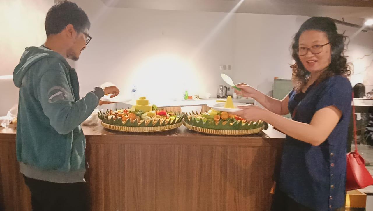 Pesan Nasi Tumpeng di Jakarta   Nasi Tumpeng Bumbu Rempah Rasa Nikmat