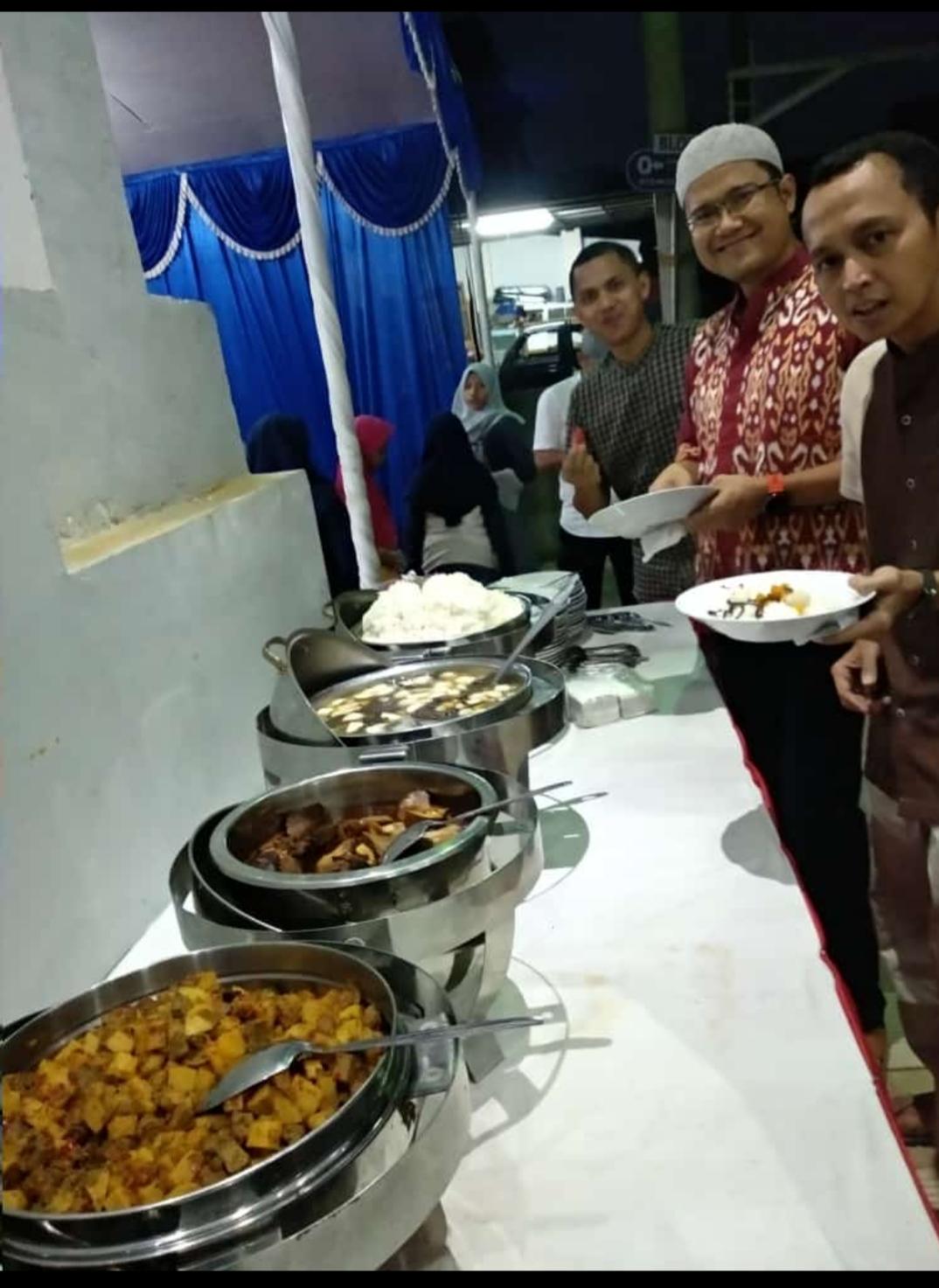 Pesan Prasmanan di Bintaro