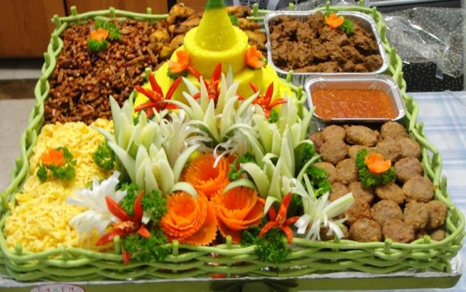 gambar nasi tumpeng ulang tahun perusahaan