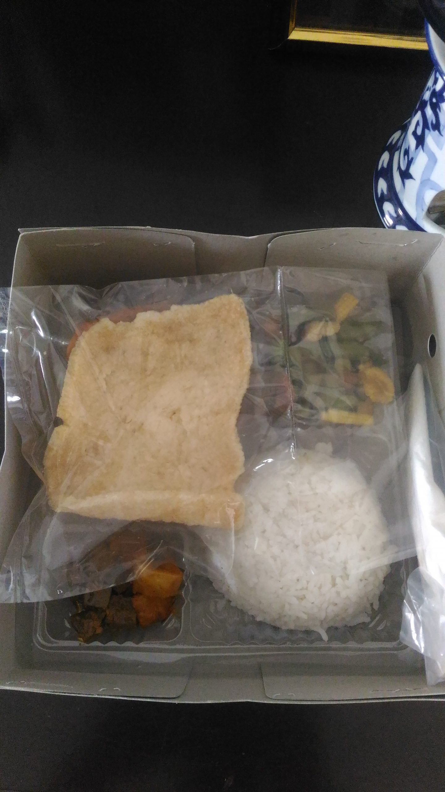 Pesan Nasi Box di Kuningan