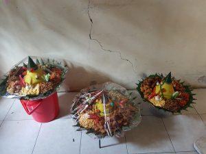 Pesan Nasi Tumpeng di Kalimalang
