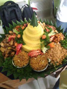 Pesan Nasi Tumpeng Di Pulo Gadung Jakarta Timur