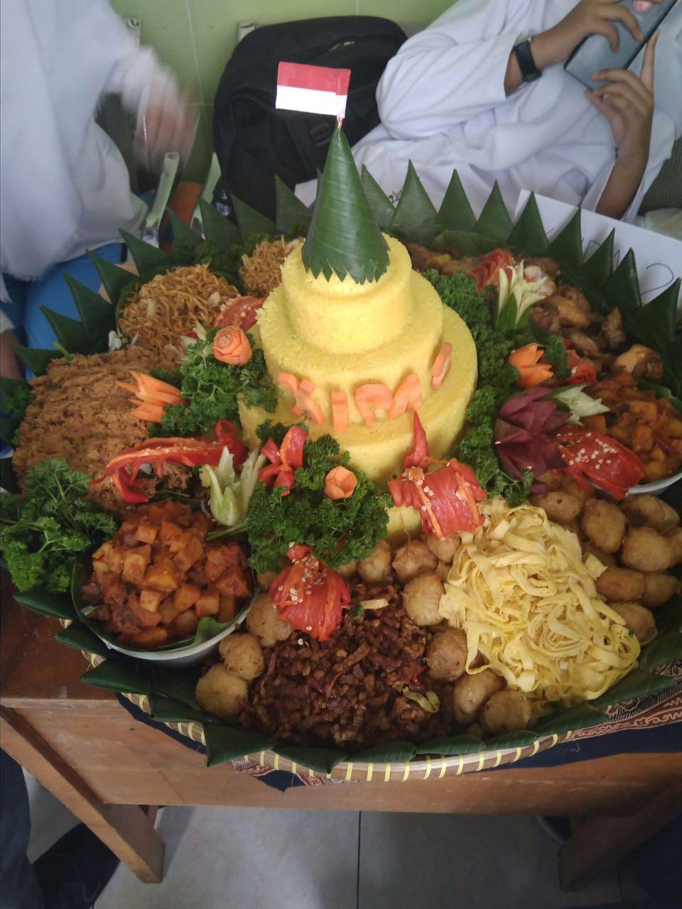 Pesan Nasi Tumpeng Di Tanah Abang Jakarta Pusat