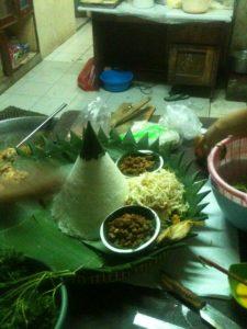 Pesan Nasi Tumpeng Di Pademangan Jakarta Utara