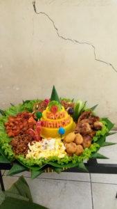 Pesan Nasi Tumpeng Di Pasar Rebo Jakarta Timur