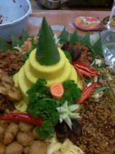 Pesan Nasi Tumpeng Di Pondok Bambu Jakarta Timur