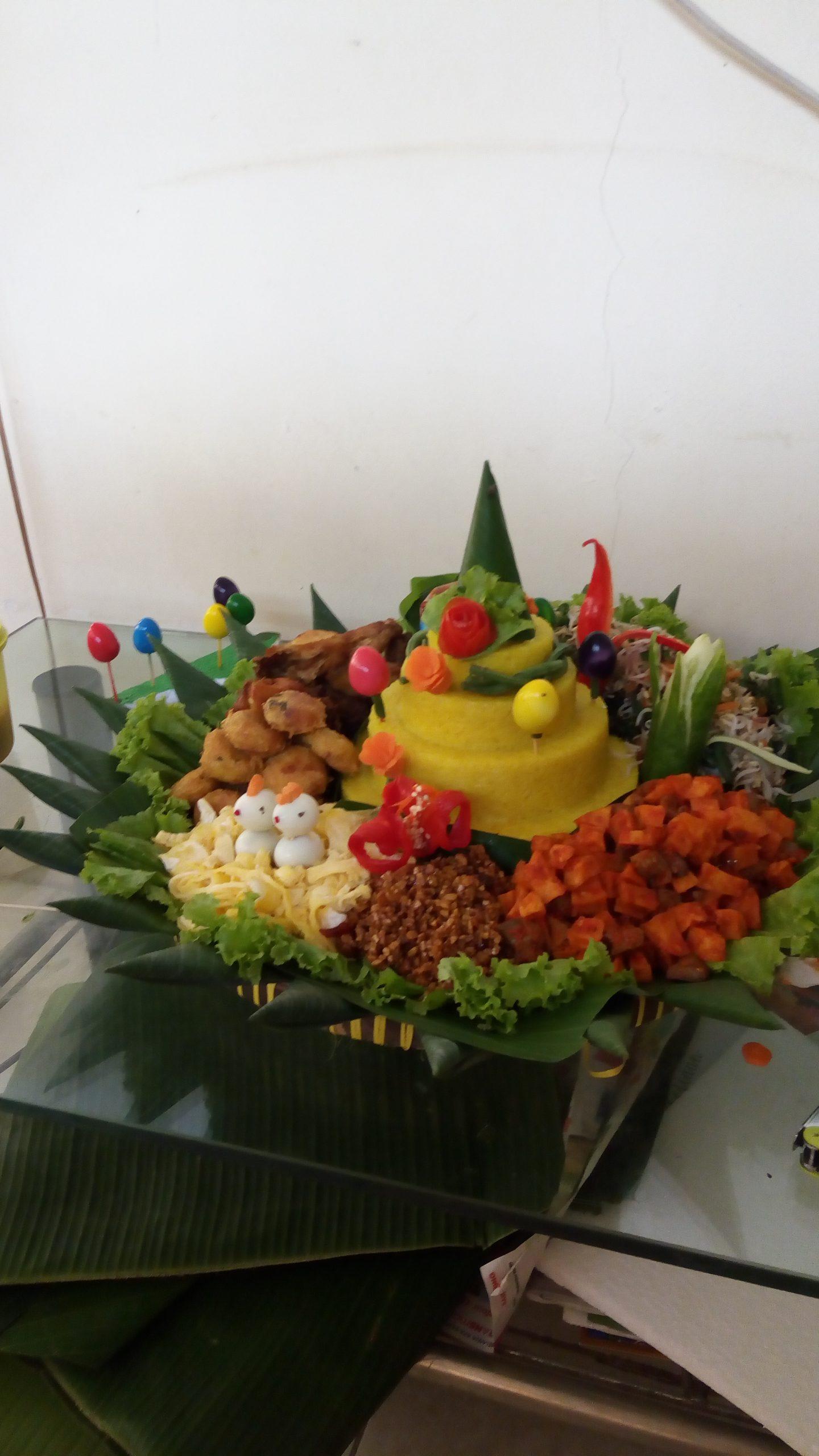 Pesan Nasi Tumpeng Di Pondok Kopi Jakarta Timur