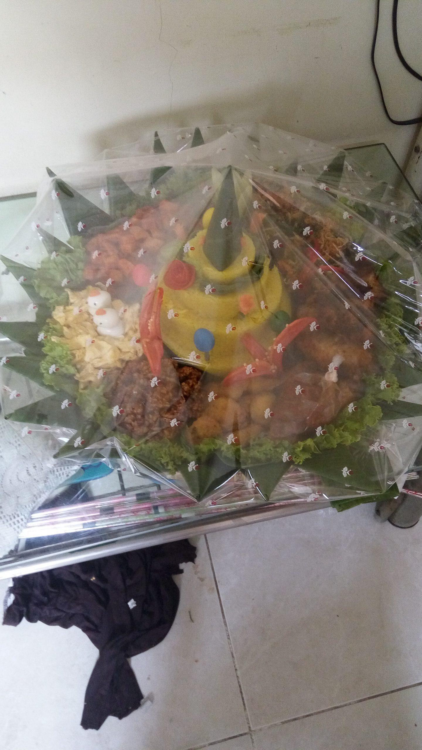 Pesan Nasi Tumpeng Di Cijantung Jakarta Timur