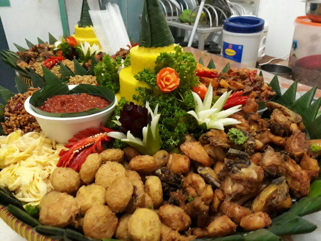 Pesan Nasi Tumpeng Senen Jakarta Pusat