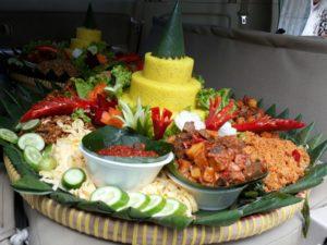 Pesan Nasi Tumpeng Di Duren Sawit Jakarta