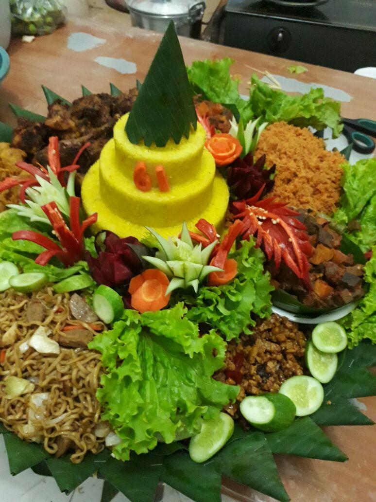 Pesan Nasi Tumpeng Jatinegara Jakarta Timur