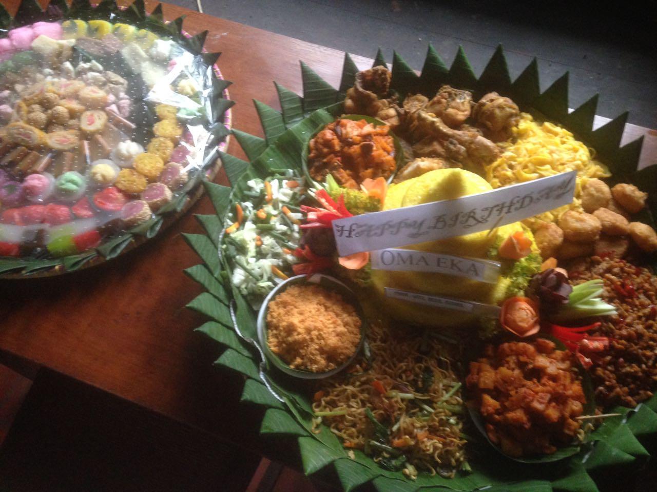 Pesan Nasi Tumpeng Jakarta Timur