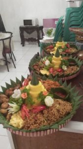 Pesan Nasi Tumpeng Di MT Haryono Jakarta