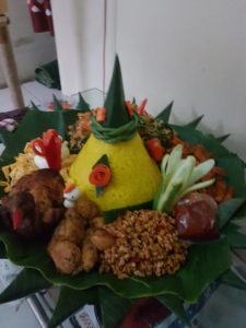 Pesan Nasi Tumpeng Di Kenari Jakarta Pusat