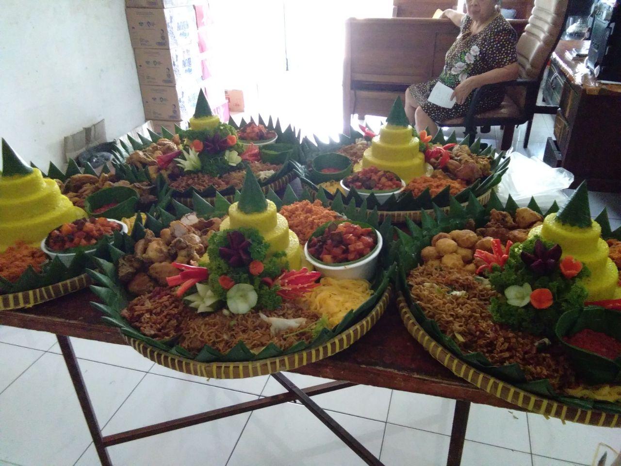 Jasa Pembuatan Nasi Tumpeng Jakarta Barat