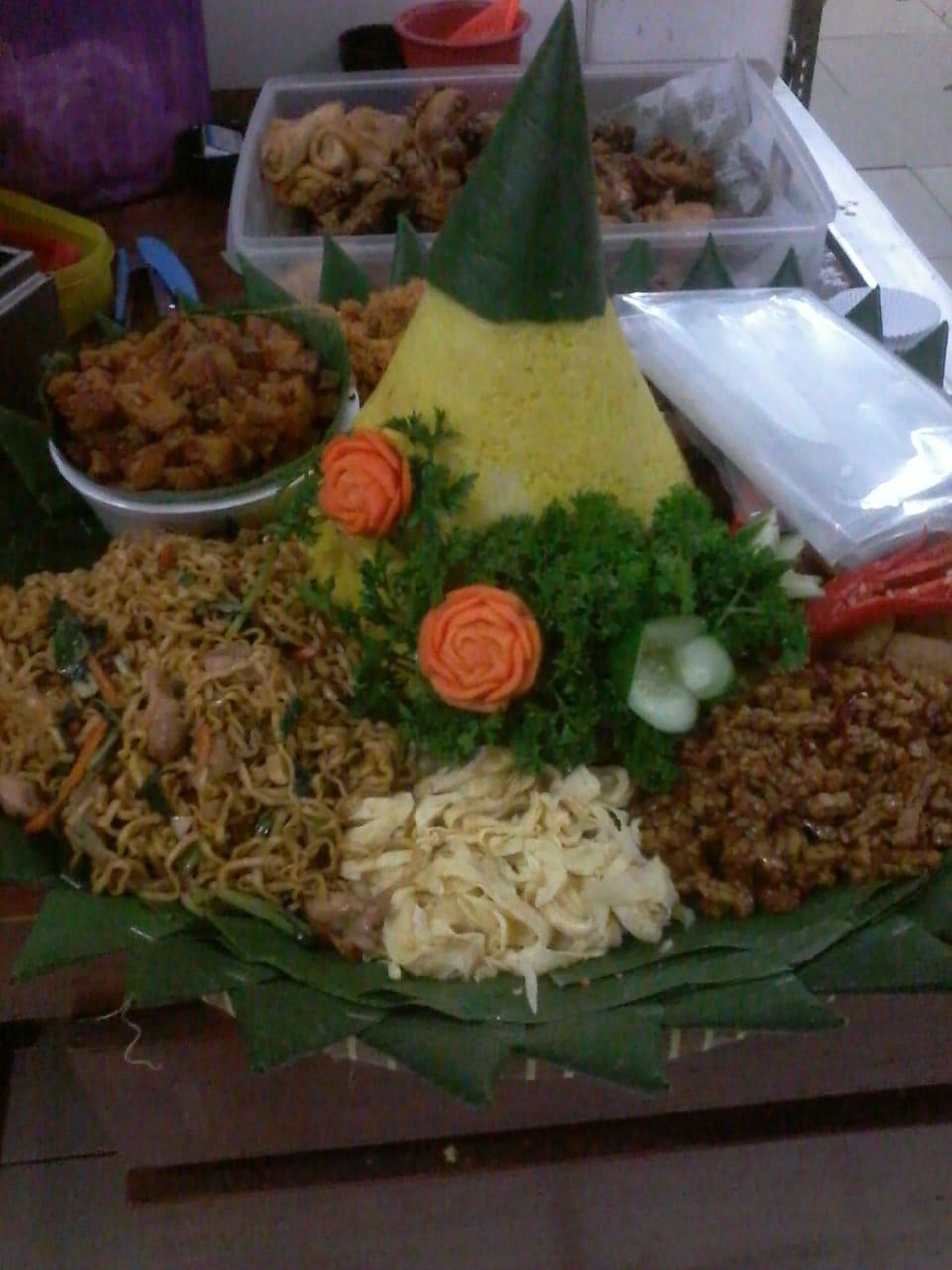 Jasa Pembuatan Nasi Tumpeng Jakarta Pusat