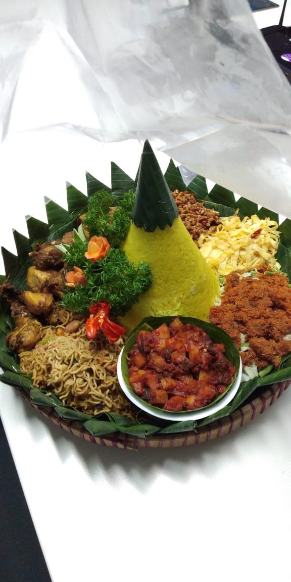Nasi Tumpeng Daerah Jakarta barat